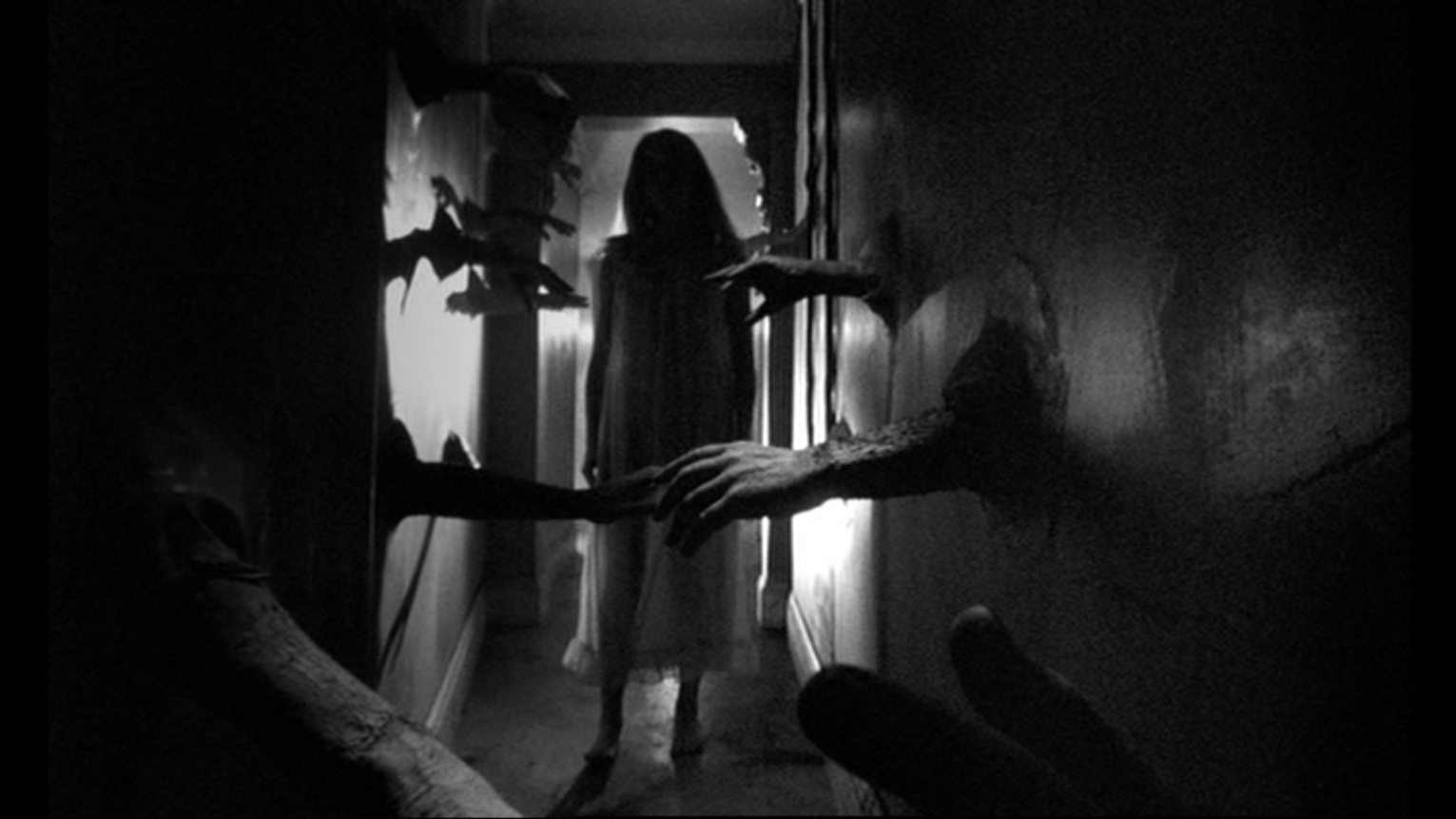 https://folkhorrorrevival.files.wordpress.com/2021/01/028ea-repulsion7.jpg